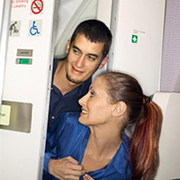Sex na toalete v lietadle